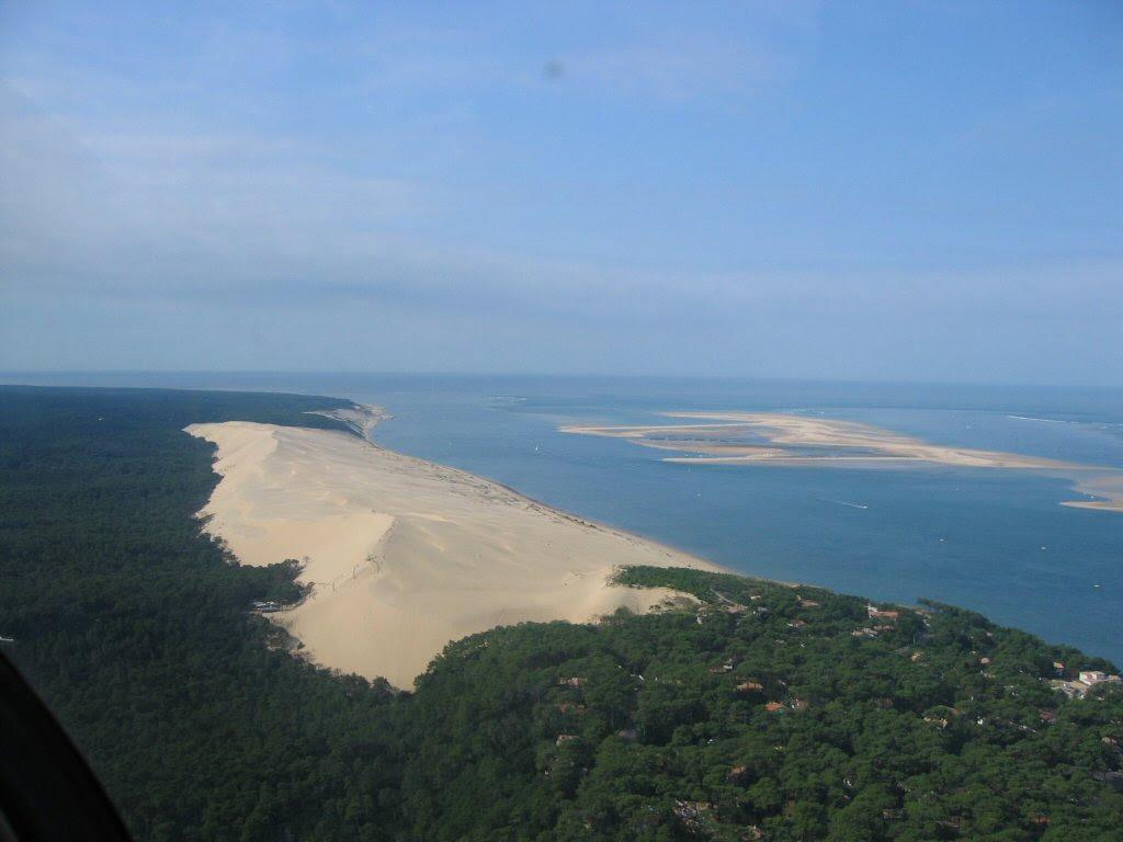 qY9KX Dune de Pyla   A new Sahara desert being born   in France! [30 pics]