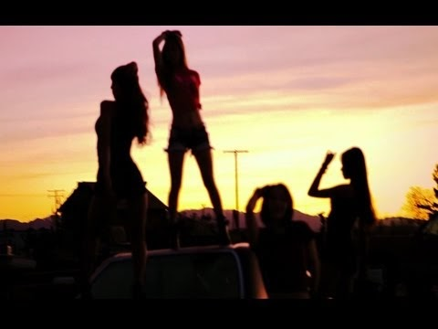 k-pop! loving u, il nuovo video delle sistar + 2ne1 news