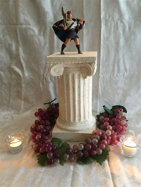 17 Best ideas about Disney Centerpieces on Pinterest
