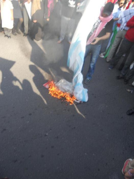 Let Israel an America burn in Hell #QudsDay2013 in Cape Town. - Photo via Shamsnoor