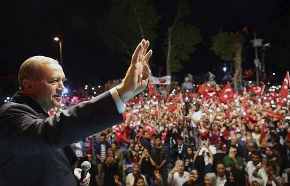 El presidente de Turquía, Tayyip Erdogan, en un acto celebrado anoche en Estambul. Foto: Oficina de Prensa del presidente.