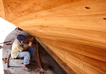 basic wooden boat building construction techniques used by home boat