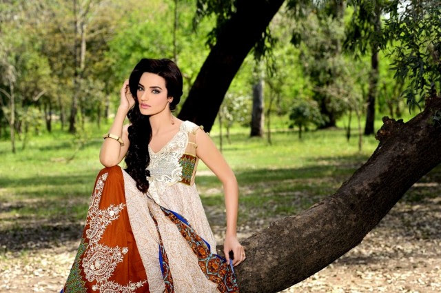 Firdous-Embroidered-Swiss-Voile-2013-Dresses-Collection-New-Fashionable-Clothes-1