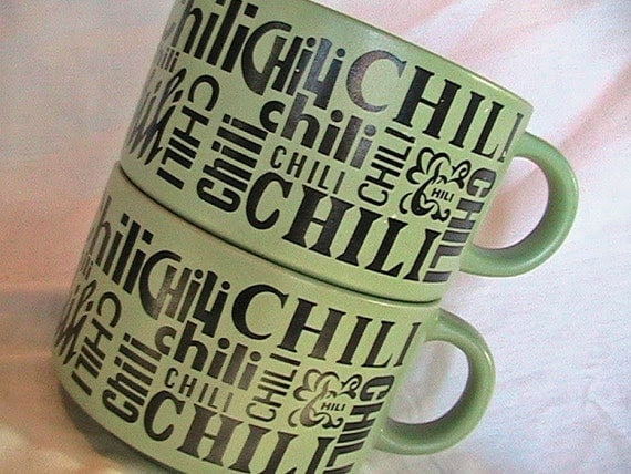 Retro VINTAGE 1970s Stackable Chili Mugs in Mint Green