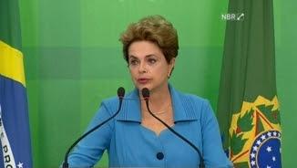 La presidenta del Brasil, Dilma Rousseff, en la roda de premsa d'aquest dilluns
