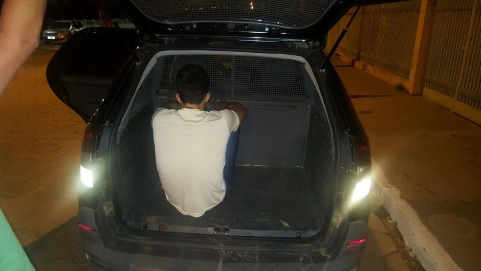 Homem foi preso em culto evangélico (Foto: Polícia Civil/Divulgação)