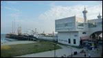 De pier vanaf het hotel