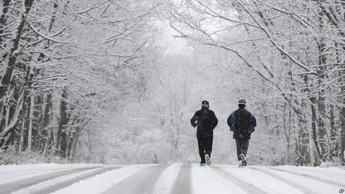 Ola de frío ártico azota noreste Estados Unidos; Medio Oeste seguirá congelado