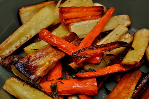 Roasted-Carrots-and-Parsnips