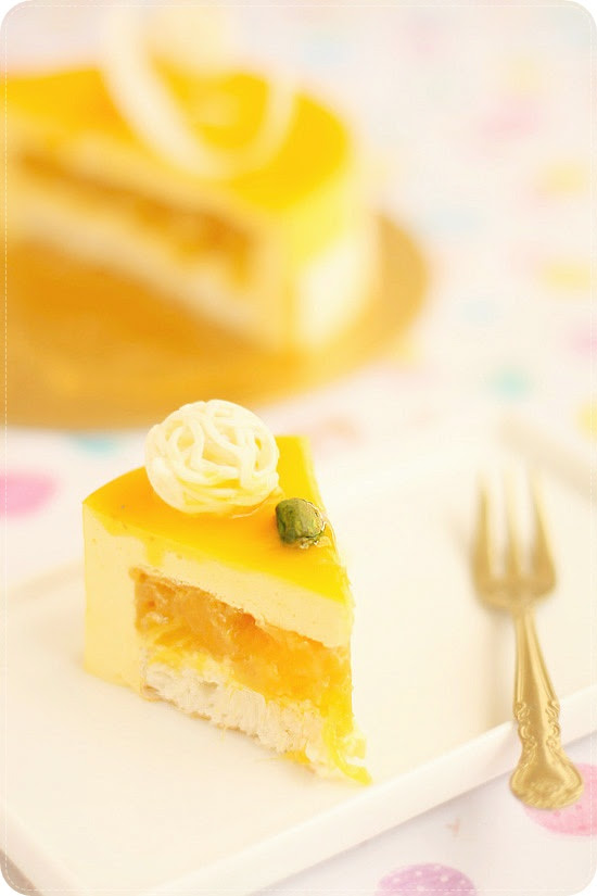 Mango Cheese Mousse Cake