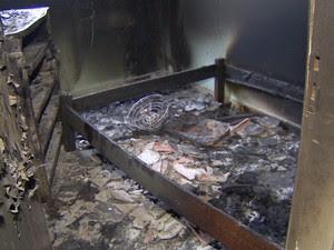 Quatro onde o idoso foi encontrado carbonizado em Pindamonhangaba. (Foto: Reprodução/TV Vanguarda)