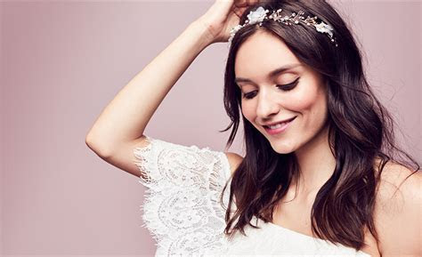Wedding Headpiece Guide   Veils, Flower Crowns