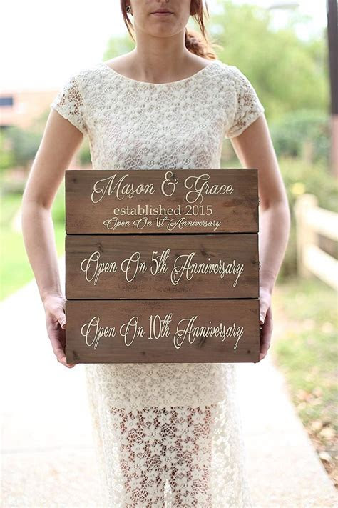 Top 10 Best Personalized Bridal Shower Gifts   Heavy.com