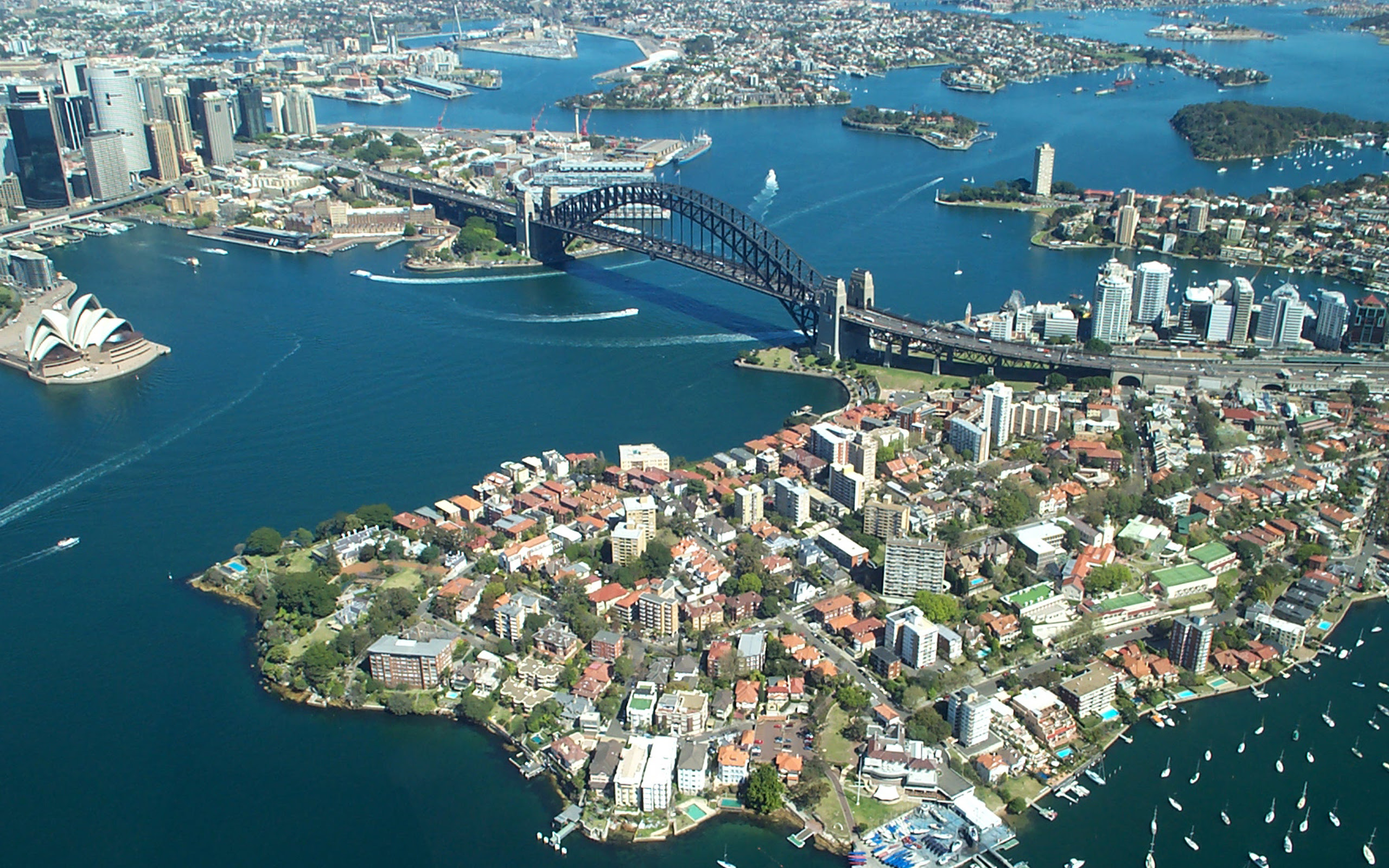 Sydney Harbour Bridge from the air [2560 X 1600]