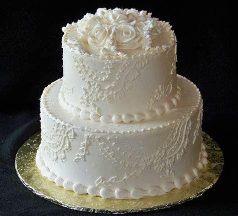Small 2 tier wedding cakes   idea in 2017   Bella wedding