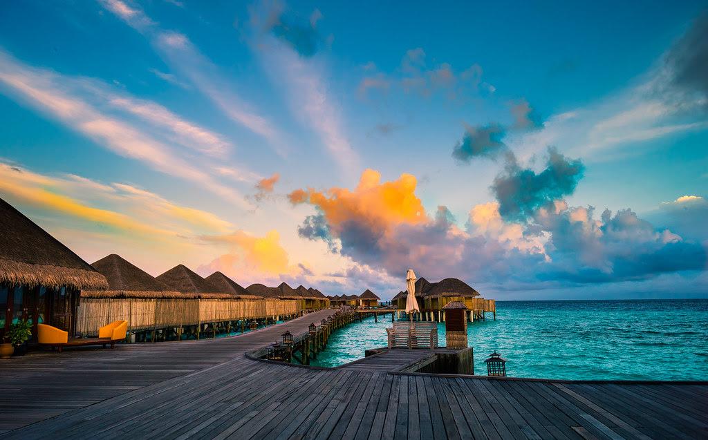 Maldives in the morning (Constance Halaveli Resort & Spa)