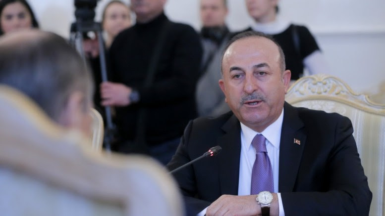 Turkish Foreign Minister Mevlut Cavusoglu (R) in Moscow, Russia. EPA, MAXIM SHIPENKOV