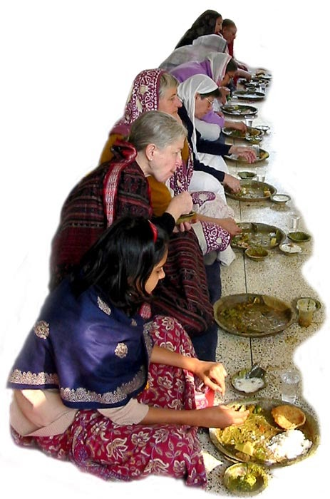 iskcon gepensioneerde mataji's in Vrindavana