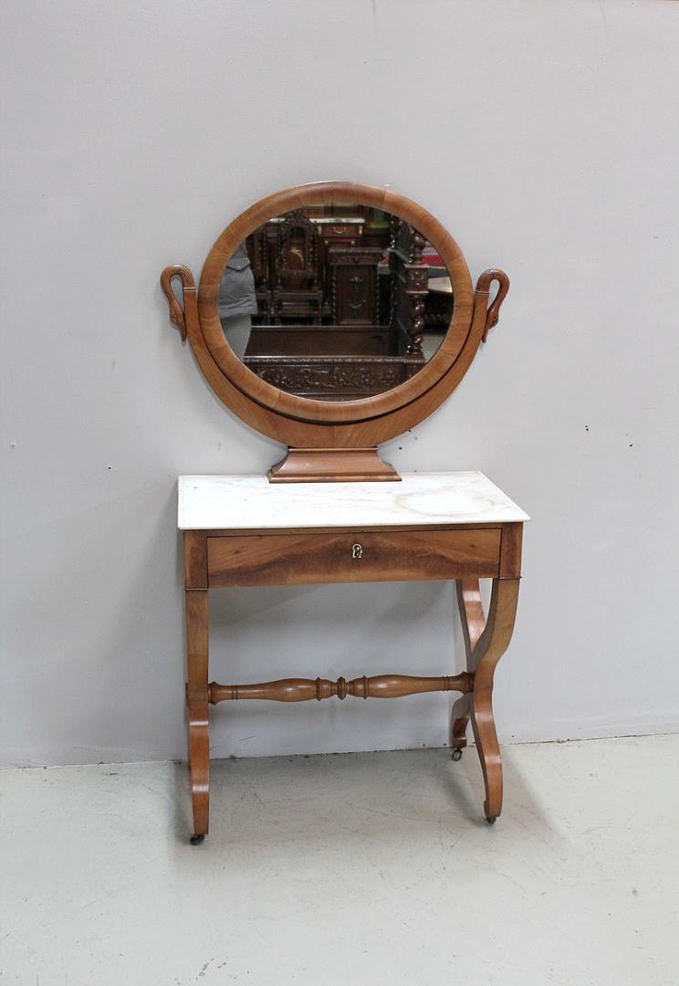 Relooker Une Table De Toilette En Marbre meuble coiffeuse en bois ancienne
