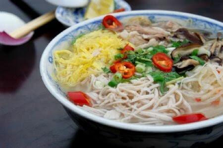 hanoi-chicken-vermicelli-soup-bun-thang