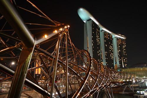 Marina Bay Sands - Helix Bridge