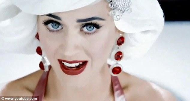 Diamantes são os melhores amigos de uma menina: Mas rubis são bons para passar o tempo com, também