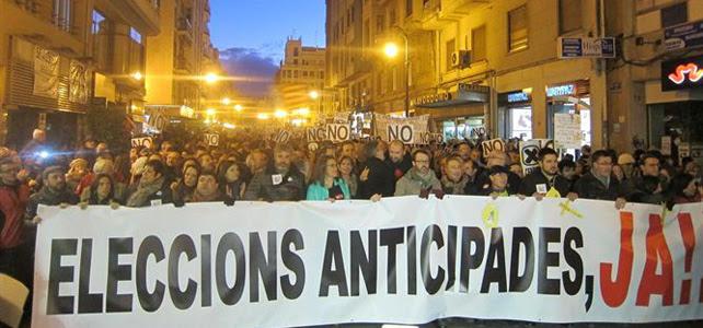La cabecera de la manifestación que ha tenido lugar la tarde del sábado en Valencia.-
