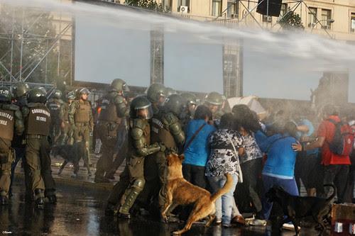 Protesta Andha Chile, deudores habitacionales. by Alejandro Bonilla