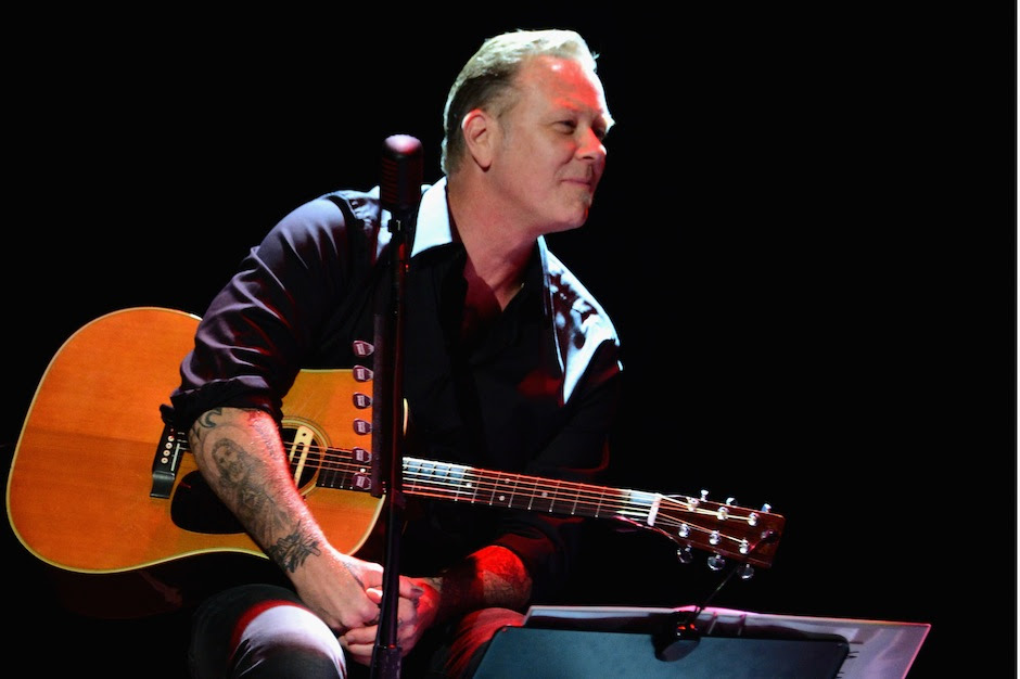 Metallica's James Hetfield and His Daughter Played an Acoustic Cover