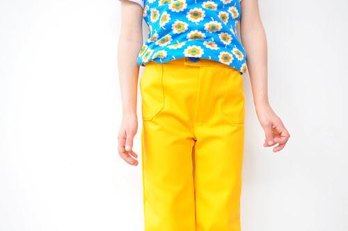 geel met bloemen