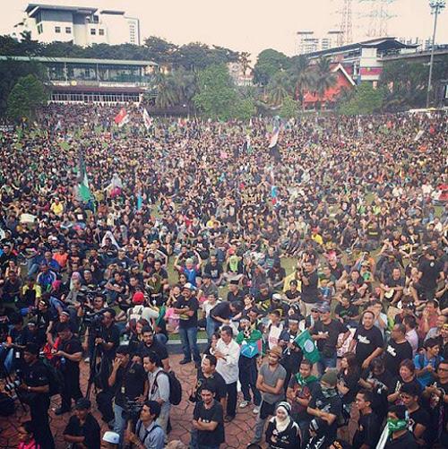 8835752186 03582c36ba o Gambar dan Video Perhimpunan Blackout 505 di Petaling Jaya 25 Mei 2013