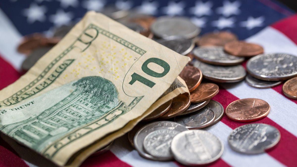 4th stimulus check: $600 for Californians, $1,000 teacher bonuses, $2,000 payment petition