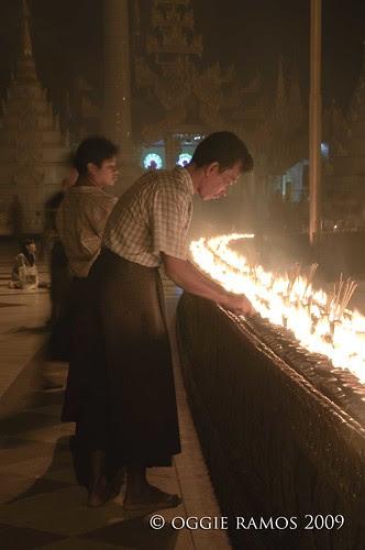 shwedagon lighted offerings