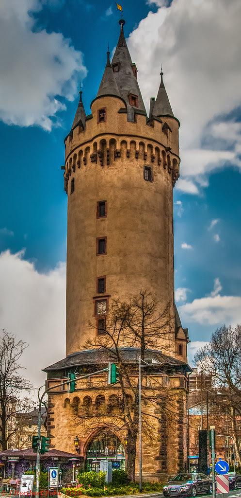 Frankfurt, Eschenheimer Torturm-1