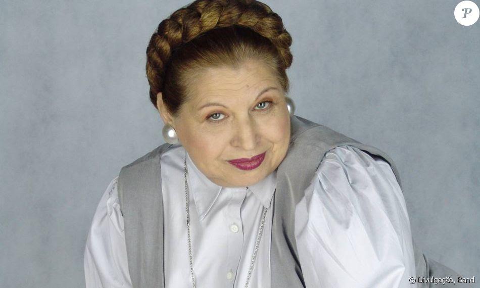 Vic Militello morreu em 28 de janeiro aos 73 anos de câncer. Atriz ficou famosa por interpretar a governanta Helga na novela 'Floribella' (Band, 2005)