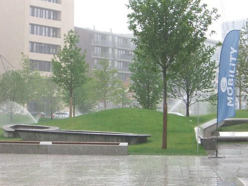 Amerikazentrum Park bei Regen 4