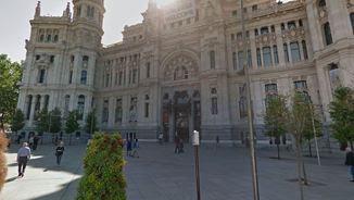 Edifici Cibeles de l'ajuntament de Madrid on hi ha la sala llogada per a la conferència de Puigdemont
