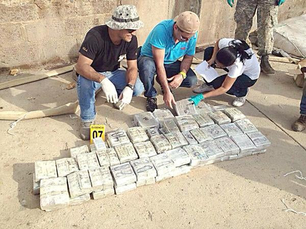 Just a 400-Kilo Drug Bust at Paris Hilton's Family Ranch in Cañas