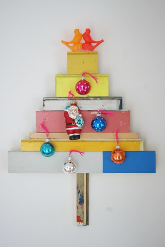 wood & wool x-mas tree by wood & wool stool