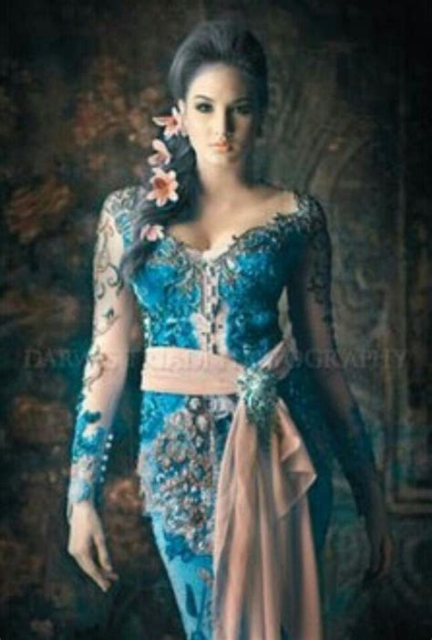 tosca  peach accent kebaya  lovely traditional