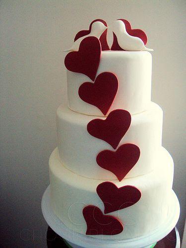 @KatieSheaDesign Likes--> #Cake  Love Birds Cake by ChoueiriCakeCo.