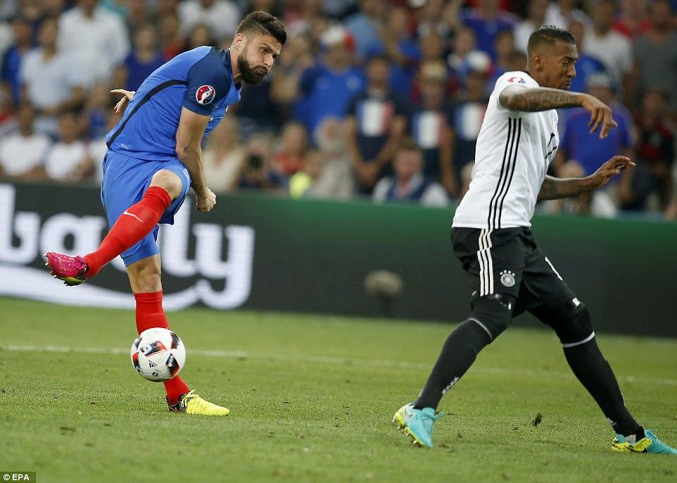 France came out strongly in the second half having taken the lead against the run of play and Giroud saw a shot blocked