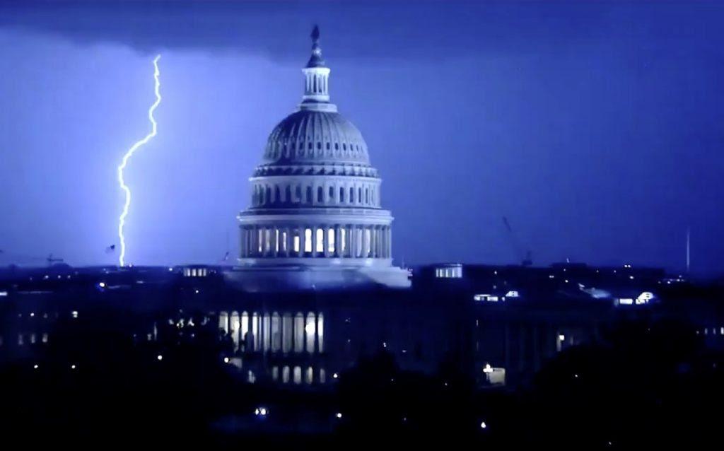 αστραπή αποκάλυψη Ουάσιγκτον DC, αστραπή αποκάλυψη Ουάσιγκτον DC βίντεο, αστραπή αποκάλυψη Ουάσιγκτον DC εικόνες, αστραπή αποκάλυψη Ουάσιγκτον DC Ιούλιος 2020