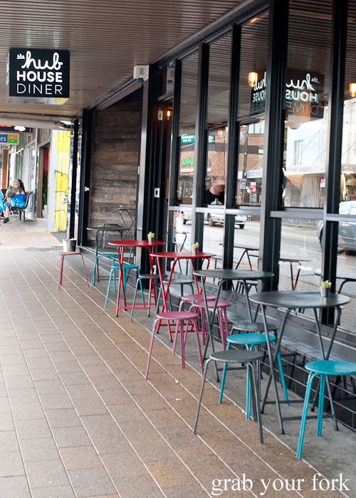 outdoor tables at the hub house diner dulwich hill