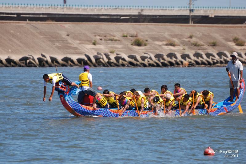 2011_0606_[彰化] 浪裡奪標賽龍舟。2011鹿港慶端陽DSC_1566
