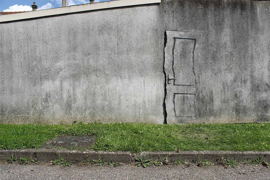 http://www.thisiscolossal.com/2014/08/pejac-in-paris/