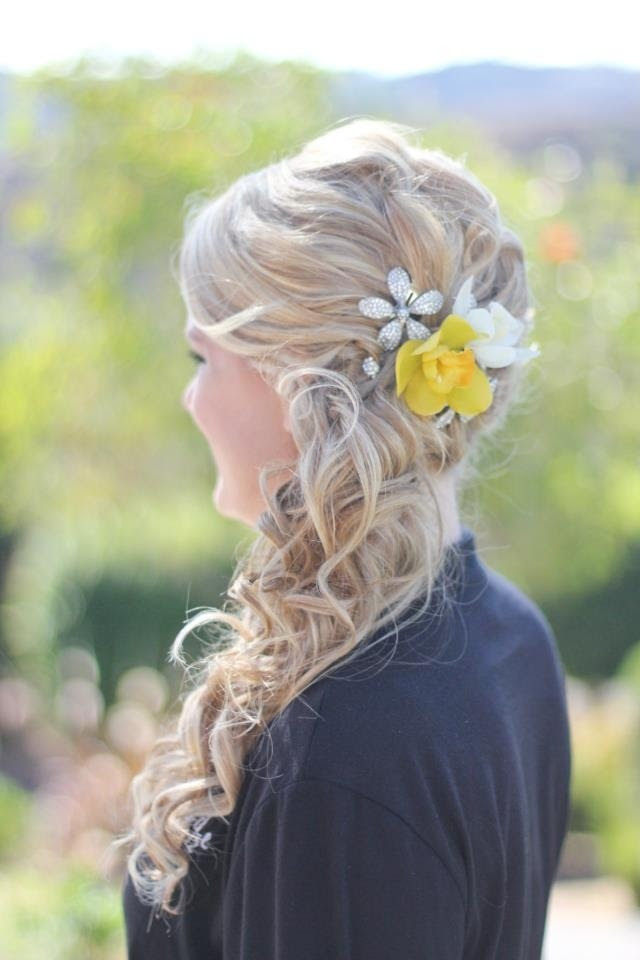 16 Fabulous Side Ponytail Hairstyles - Pretty Designs