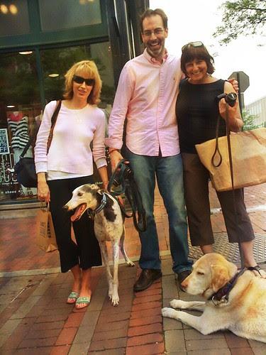 a dog blogger meet up