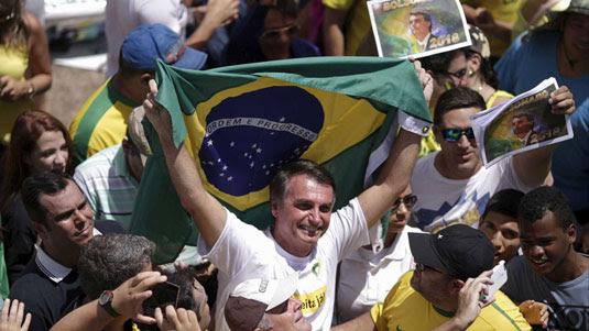 Bolsonaro, um dos vice-líderes na corrida presidencial, visitou a capital paraense no período de festejos do Círio de NazaréUeslei Marcelino/Reuters