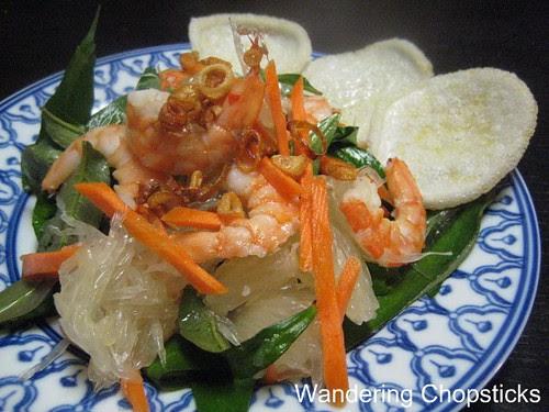 Goi Buoi Tom (Vietnamese Pomelo Salad with Shrimp) 1